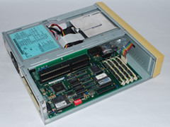 Inside of the Commodore 286-16 Slimline computer.