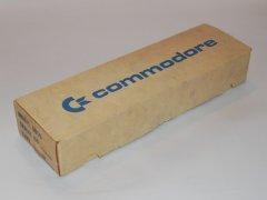 De originele verpakking van de Commodore 8010  modem.