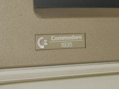 The logo of the Commodore 1935 monitor.